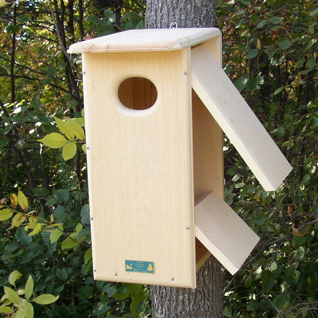 "24""H Wood Duck / Hooded Merganser House - Yard Envy"