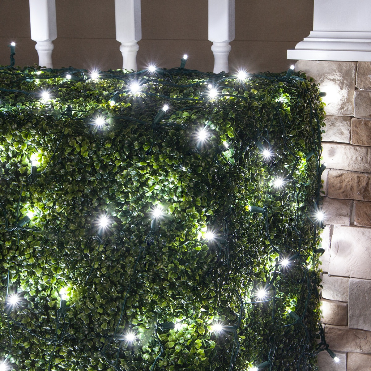 4\' x 6\' 5mm LED Net Lights, Cool White, Green Wire - Yard Envy