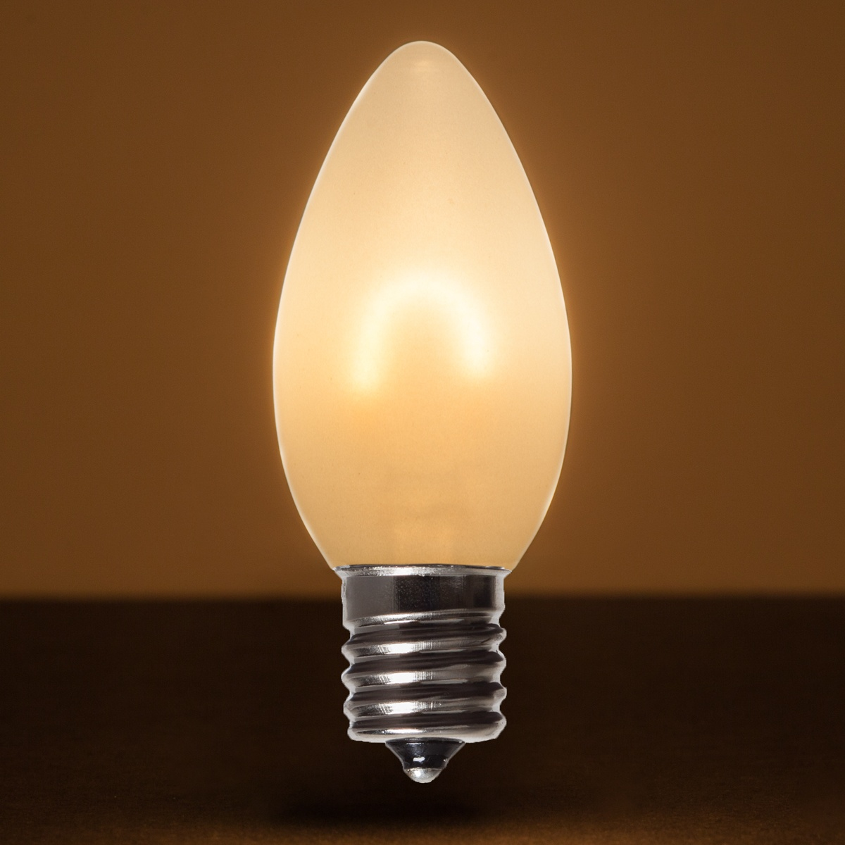 Led Bulbd: C9 FlexFilament TM Vintage LED Light Bulb, Warm White